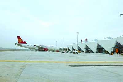 惠州机场也积极为私人飞机服务.